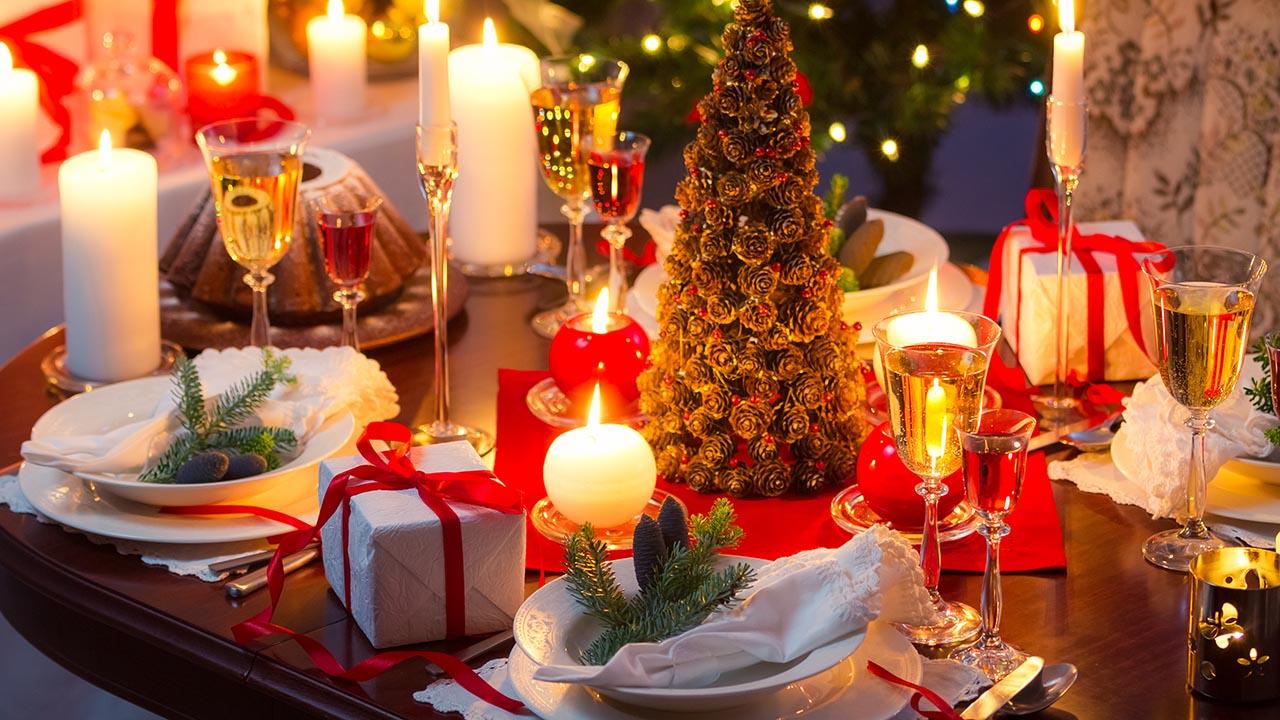 Decorare Tavola Natale Fai Da Te : Tavola e decorazioni per natale befana capodanno app e siti