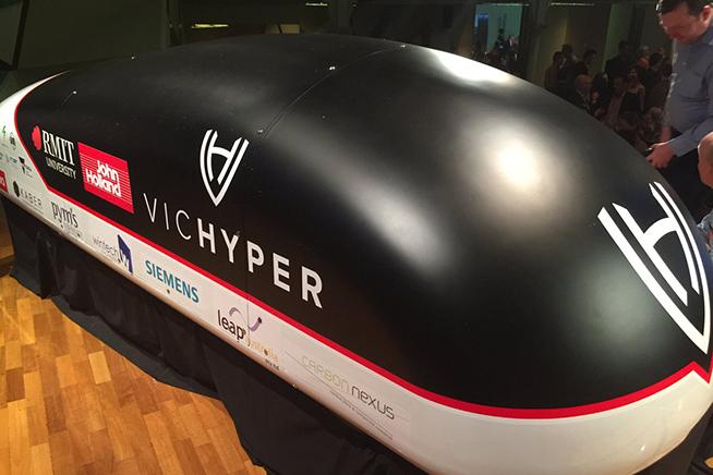 Anche in Australia sono pronti per iniziare a fare i primi test con Hyperloop. Premi sull'immagine e scopri come sarà fatto il treno