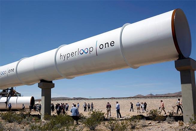 Risultati immagini per hyperloop
