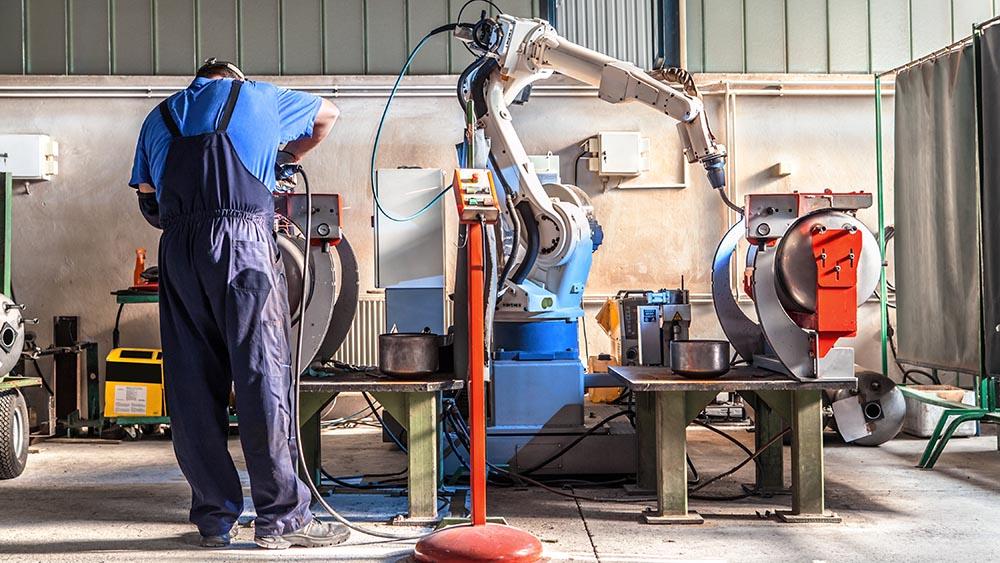 Cobot, fondamentale cooperazione e interazione con i lavoratori umani