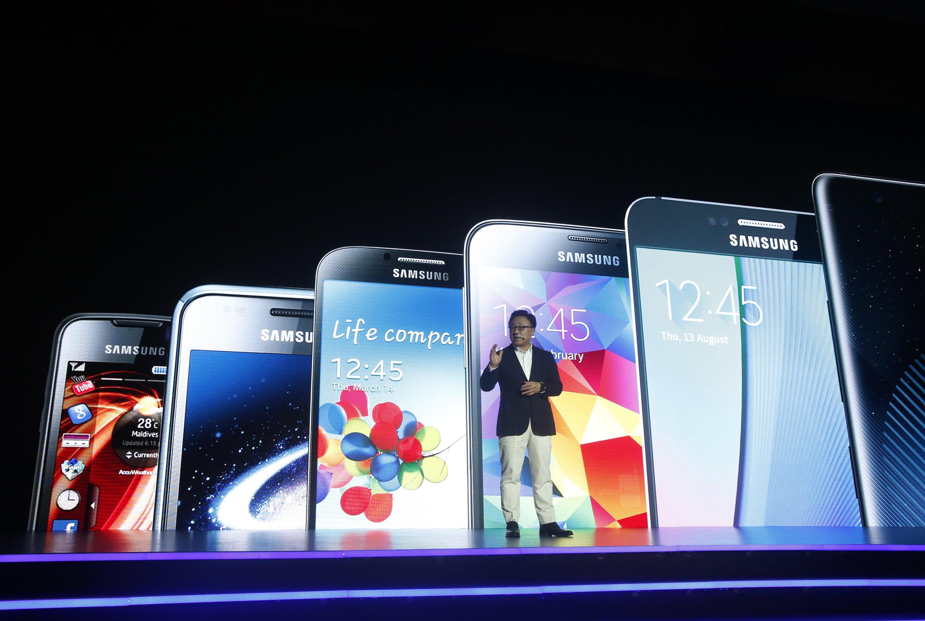Samsung: utili trimestre 9 mld dollari