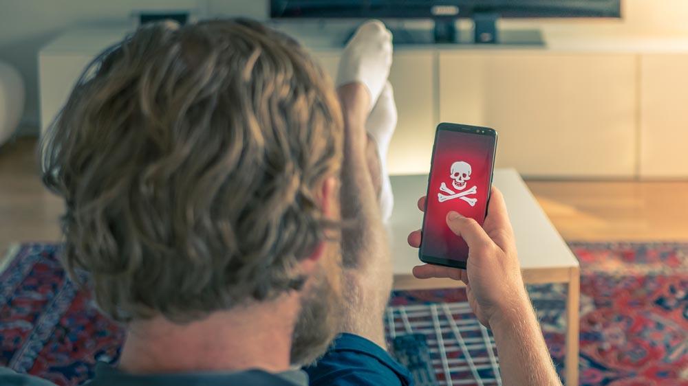 """Sophos, la casa smart sembra """"infestata"""": come difenderla dagli hacker"""