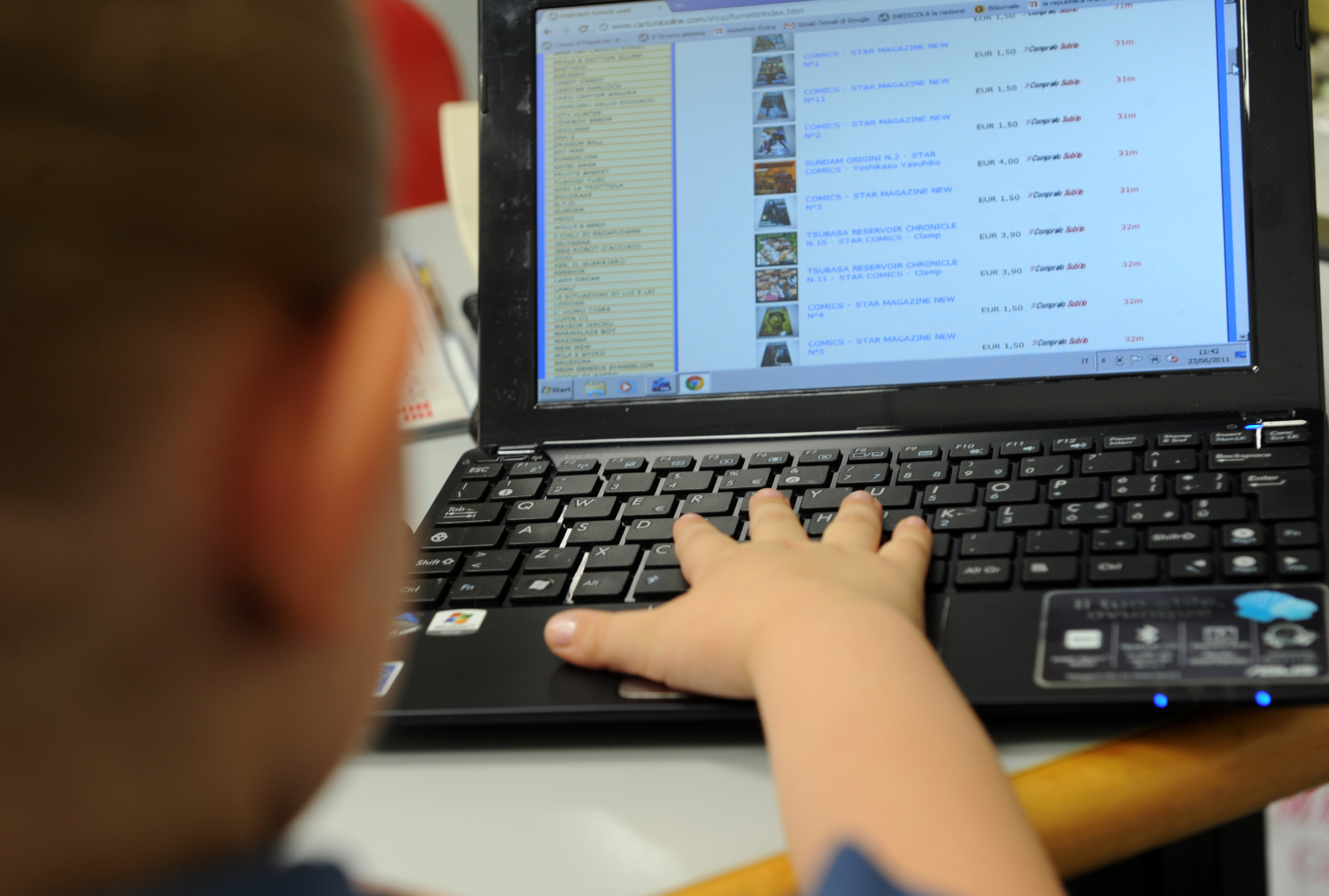 Usa, social media legati rischi suicidio