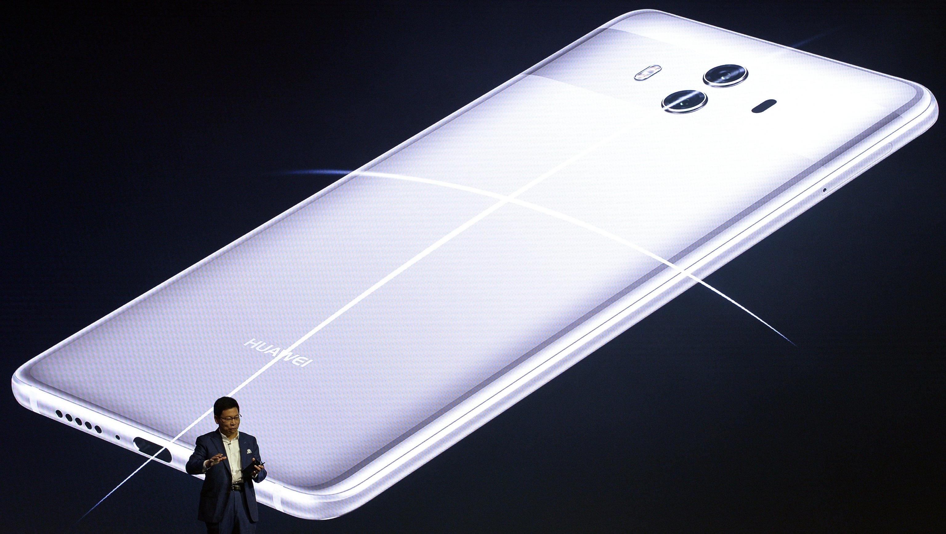 Huawei Mate 10 Pro arriva in Italia