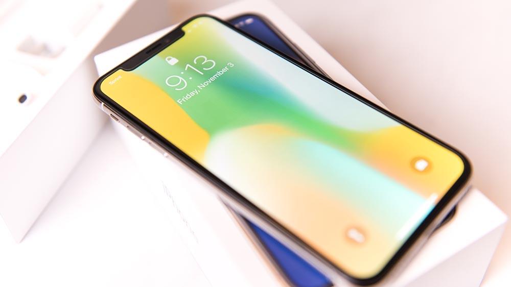 Apple, l'iPhone X Plus sarà pieghevole?