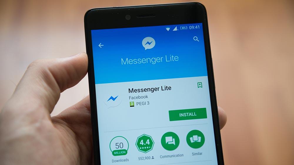 Messenger e Messenger Lite, differenze tra le due app di messaggistica
