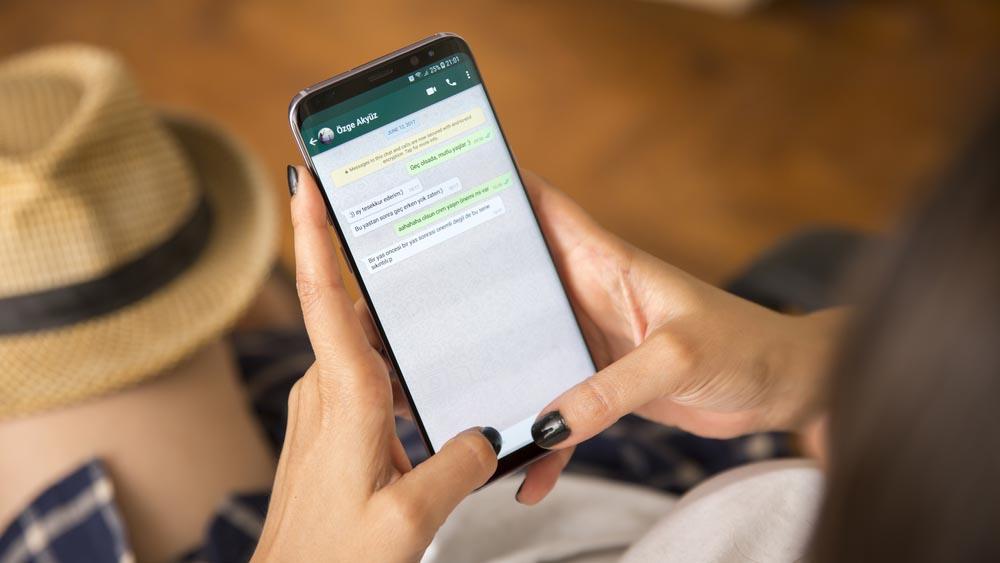 Truffa WhatsApp, come difendersi dal messaggio che ruba soldi