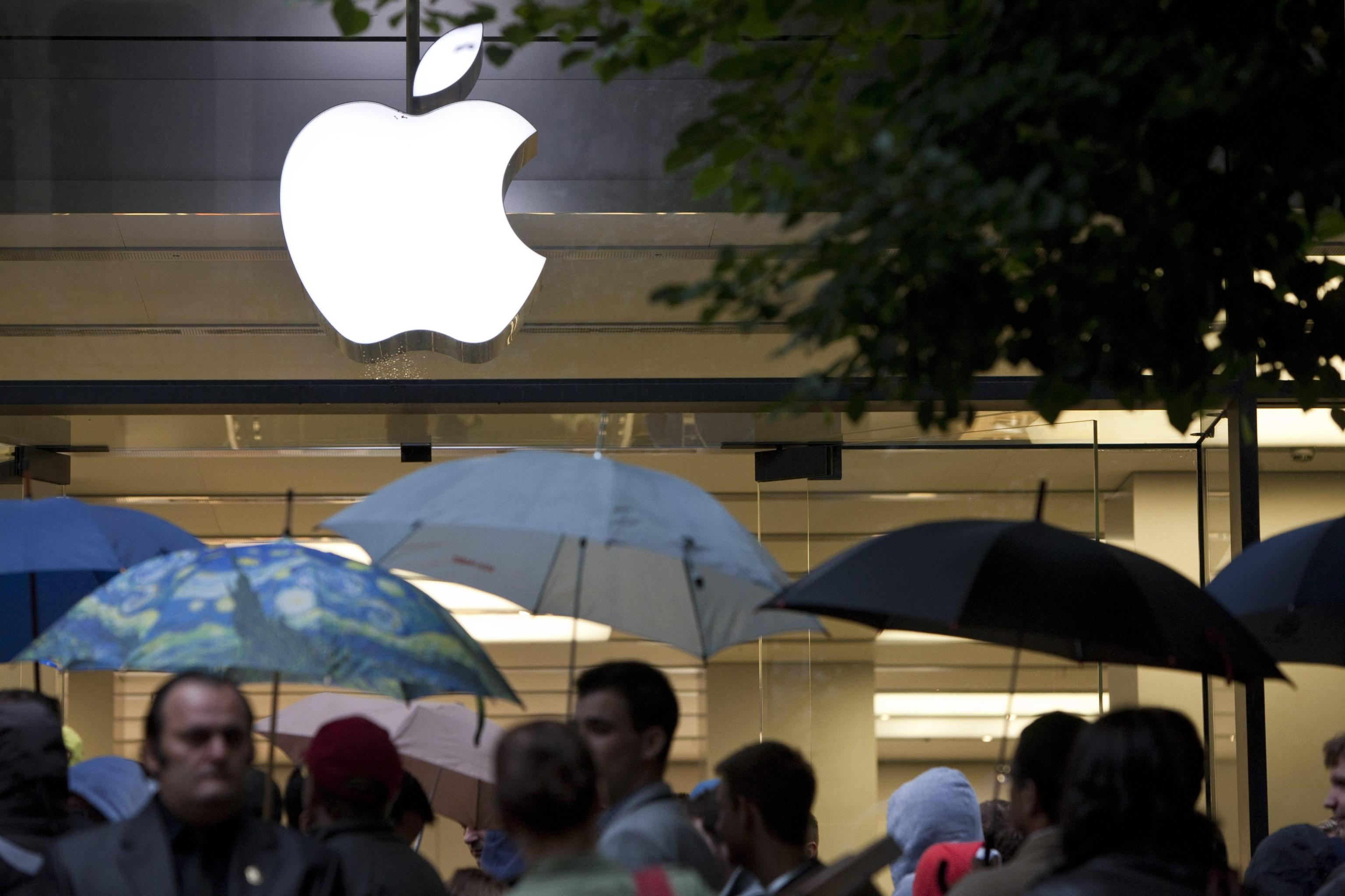 Apple, 32 class action in Usa per iPhone